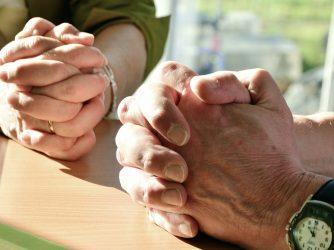 Jak wybrać modlitewnik?