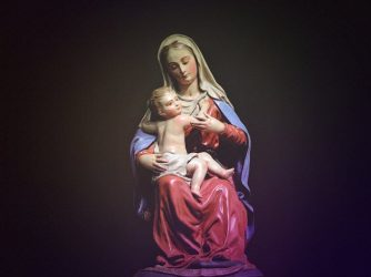 Wybierz figurkę Matki Boskiej, do której chcesz się modlić